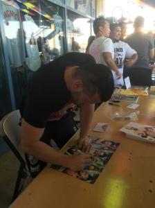 Alex Shelley signing